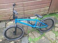 Custom Bmx bike only 80£ worth 180£ + 2 free 20£ wheels