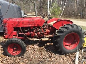 Farm tractor / Front end loader