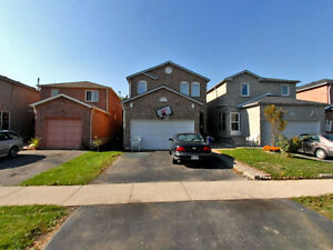 BRAMPTON PRIVATE SALE 4 BR 2000 sqft home w Finished bsmt apart!