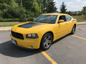 Rare 2006 Dodge Charger - Power sunroof, leather -  REDUCED