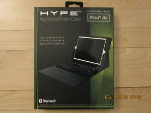 Clavier Bluetooth + Leather case IPad 3 & 4