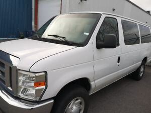 Ford Econoline 2009 xlt 8 passagers