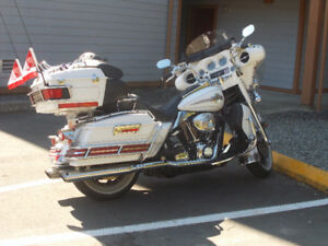 2005 Harley Davidson Ultra Classic with Kendon Folding Trailer