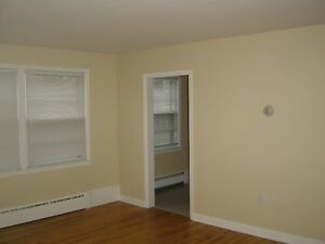 2 BR apart(s) Available Dec-Feb Heat&Hotwater inc-Free Parking