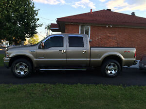 FORD F250 LARIAT TURBO DIESEL CONDITION DUN 2015