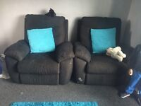 2 seater electric recliner and 2 chairs Also recliner