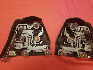 BMW E46 3 Series 02-05 SEDAN TAIL LIGHT BULB CARRIER HOLDER OEM