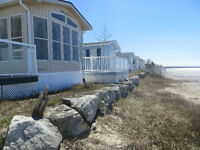 Beachfront - Sauble Beach   www.saublebeachcottage.weebly.com