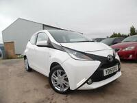 TOYOTA AYGO X-PRESSION 1.0 PETROL 5 DOOR HATCHBACK ONE OWNER