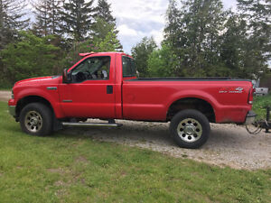 2005 Ford F-350 Xlt Coupe (2 door)