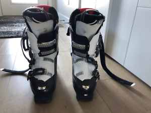 Salomon Mission 60 ski boots