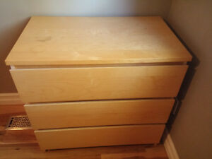 Solid wood 3-drawer dresser in excellent condition!-HAS TO GO!