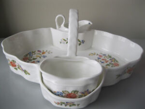 Aynsley bone china tea caddy set