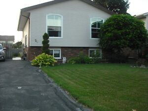 lovely landscaped home in Amherstburg