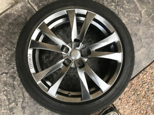 OEM Toyota Rim, tires and TPMS