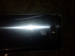 LG6  phone back glass is cracked