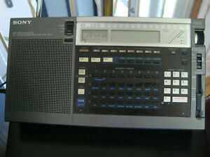 Sony-ICF-2010-Radio - world band receiver
