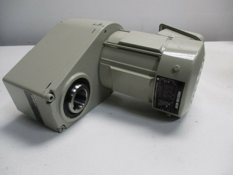 SUMITOMO GNYM02-A330-50 MOTOR RATIO 50  0.2KW * NEW NO BOX *