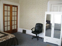 AVAILABLE SEPTEMBER---4 ROOMS---INTERNATIONAL STUDENTS WELCOME