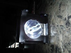Replacement light for rear projection TV