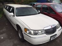 1999 ford Lincoln 4.6 petrol limousine +1 keeper