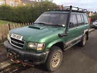 Isuzu trooper 3.0 diesel BREAKING PARTS
