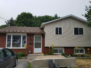 ORILLIA- BEAUTIFUL 3 or 4 BR HOUSE FOR RENT $2300INCLUSIVE