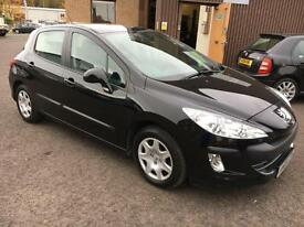 0909 Peugeot 308 1.6HDi ( 90bhp ) S Black 5 Door £30.00 Road Tax