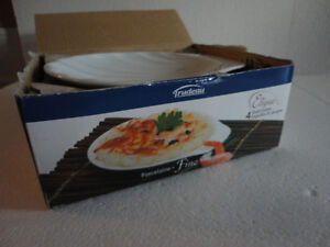 Brand new in box set of 4 shell shaped serving plates London Ontario image 3