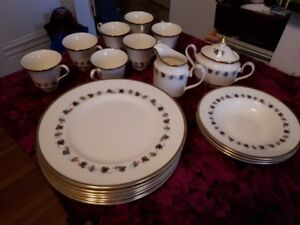 Minton China - Mirabeau - 19 pieces