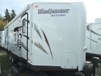 SAVE $3800--2015 Rockwood 2618W--(SELLING PRICE 33,700)