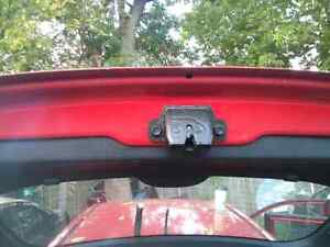Kia Spectra 5 red rear door hatch Windsor Region Ontario image 4