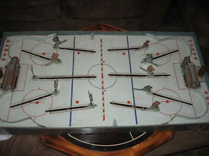 1950's table top hockey game