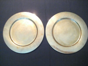"""Vintage Set of 2 Solid Brass 11 1/8"""" Charger Round Plates"""