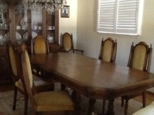 Dining table hutch and buffet