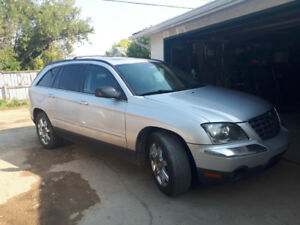 2005 AWD Touring Chrysler Pacifica