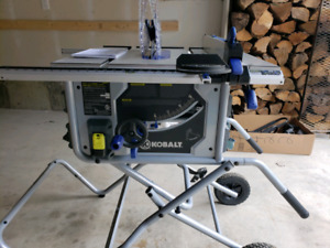10 Table Saw With Stand | Buy or Sell Power Tools in Ontario