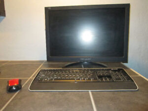 COMPUTER SCREEN/KEYBOARD/MOUSE
