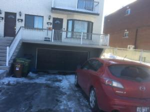 Ville Saint-Laurent: appartement à louer 7  1/2
