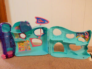 Littlest Pet Shop: Store and pet home Kitchener / Waterloo Kitchener Area image 3