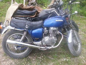 two Honda Hawks 1978 400t / 1981 Honda Hawk 400t $1000