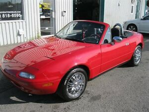 Mazda MX-5 Miata 2dr Coupe Convertible 1992