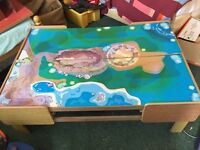 Free play table