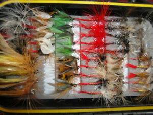 FISHING LURES DIFFERENT KITS AND FISHING FLIES BRAND NEW $30-45