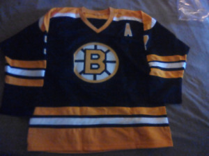 Boston Bruins Phil Esposito Autographed Jersey with COA