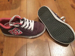 Girls DC sneakers (authentic)