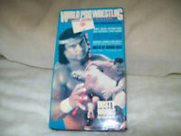 (ATTENTION! = LOOK) WRESTLING VHS LOT = BRET THE HITMAN HART WWE