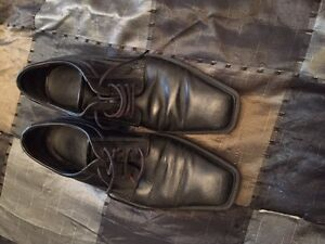 Selling dress shoes