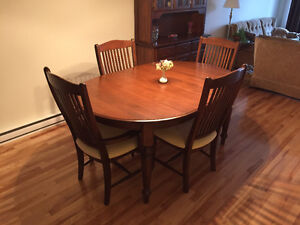 Dining room set -MUST SELL- OBO West Island Greater Montréal image 5