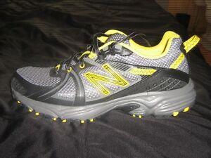 NB sneakers,trail running